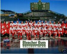 09 Winter Classic Team 8x10 Photo Red Wings Wrigley