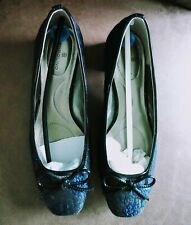 Bandolino Women Shoe Sz 6.5 Black/Blue Brocade Patent Leather pump new(other)