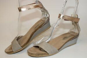 Naot Womens Size 10 41 Leather Strappy Easy On Wedge Heeled Sandals Shoes