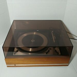Dual 1218 Turntable W/ Wood Cabinet Dust Cover READ