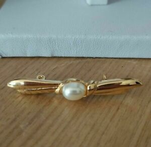 Vintage Gold Tone Bar Leaf Feather Costume Pin Back Brooch Faux Pearl Art Deco