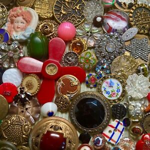 Wow! Amazing Collection of Antique & Vintage Buttons Bakelite Glass China Metal+