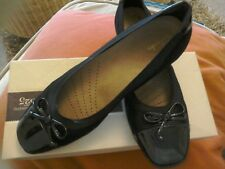 Black Low Healed Smart Slip On Ladies Shoes Size 5e By Clarks.
