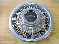 One factory 1980 Lincoln Town Car 15 inch wire spoke hubcap wheel cover