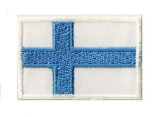 Ecusson brodé patch petit patche thermocollant Finlande drapeau pays 45x30 mm