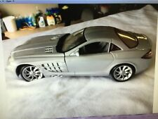 CARS METAL- 1-18TH SCALE MODEL MERCEDES SLR 2003 SILVER