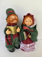"Christmas Carolers set of 2 Vintage Fabric Cloth Made in Taiwan 9"" tall Holiday"