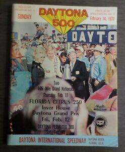1971 Daytona 500 Souvenir Program Speedweeks #2 Nascar Race Speedway