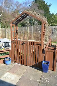 garden arch with double gates.message B4 Purchase For Delivery Information