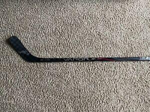 Authentic Patrick Kane signed hockey stick