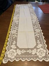 Vintage Estate Sale Linen 43�L Table Runner
