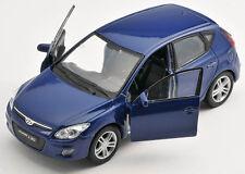 BLITZ VERSAND Hyundai i30 / i 30 blau / blue 1:34 Welly Modell Auto NEU & OVP