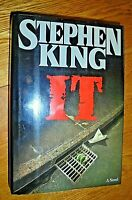 """IT""  By Stephen King (1986, HC/DJ, 1st Edition 1st Print) Viking Press USA SK35"