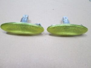 FORD YELLOW  SIDE REPEATER ( LARGE  OVAL )  X 2 COMPLETE WITH BULB HOLDER