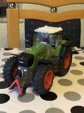 Siku Control Traktor Fendt 930 mit Fernsteuerung, Akku und Ladestation