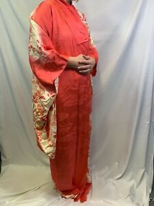 Authentic Traditional Vintage Japanese Komon Kimono (Red Floral)