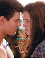HAND SIGNED - TAYLOR & KIRSTEN WITH COA - TWILIGHT SAGA - AUTOGRAHPED 8X10