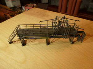 HO Walthers Oil Loading Platform Already Nicely Built #933-3104