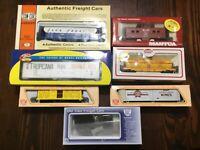 7 Pc Lot Of Mantua IHC Athearn HO Scale Train Cars NOS In Original Box