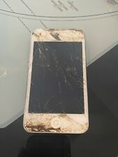 Ipod touch MP3 4th gen 32gb for parts only