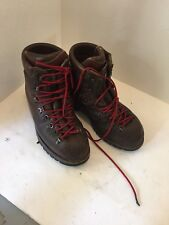 Montrail Men's Size 10 Mazama Hiking Boots