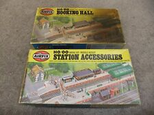 Airfix HO/OO Trackside Series - Station Accessories and Booking Hall