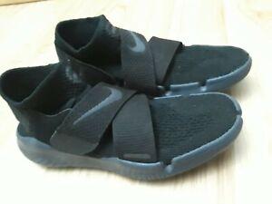 Nike Women's Size 7 Free RN Motion Black
