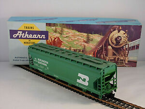 Vintage Athearn HO Train Burlington Northern 4 Bay Covered Hopper BN 460020