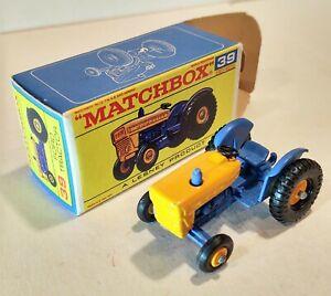 39-C Near MINT!! w/F Box Ford Tractor Lesney Matchbox circa '67