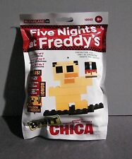 McFarlane FIVE NIGHTS AT FREDDY'S SERIES 1 8-bit buildable figure - CHICA