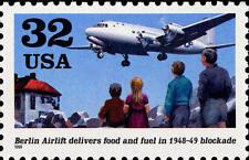 1998 32c Berlin Airlift, Food & Fuel, 50th Anniversary Scott 3211 Mint F/VF NH
