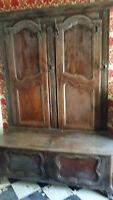 vestiaire ancien en bois,avec coffre de rangement,superbe pour une entrée