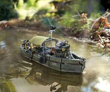 CALL OF DUTY Mega Bloks MILITARY RIVERBOAT Lego-type Medium Building Set Camo