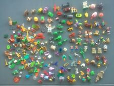 Lot Kinder, autre Vintage Montable Véhicules, Figurines, bois, pièces. .. 540g