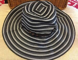 TICKLED PINK Beach Sun Garden Hat Crushable Packable Black Stripe