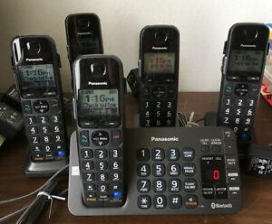 PANASONIC KX-TGE270 Cordless Bluetooth Digital Phone Lights Anounces Tested WORK