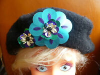 CLAIRES BLACK 100% WOOL METALLIC FLOWER  DETAIL BERET HAT ONE SIZE BNWT