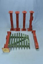 Vintage  00004000 Country Christmas Green Picket Fence Red Pillars Swinging Gate #06402