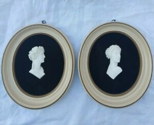 VINTAGE PAIR OVAL MOUNTED BAS RELIEF GRECIAN ROMAN BUSTS PAINTED FRAMES VELVET