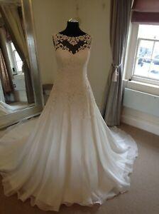 Wedding Dress by Justin Alexander Style 8835