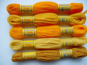 SET OF DMC TAPESTRY THREADS colors YELLOWS (set A)