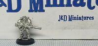 Games Workshop Citadel Warhammer 40K Space Marine Scout w Sniper Rifle 1 Metal