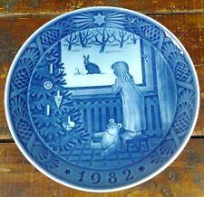 Collector Plate Royal Copenhagen Denmark 1982 Waiting for Christmas Blue White