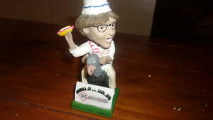 Crazy Hot Dog Vendor Reading Fightin Phils Phillies Vintage Bobblehead SGA