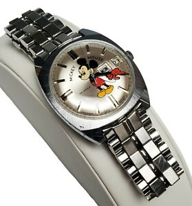 VINTAGE HELBROS MICKEY MOUSE MENS WATCH - WALT DISNEY PRODUCTIONS - AUTOMATIC