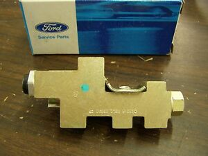 NOS OEM Ford 1985 1986 1987 Lincoln Continental Mark 7 Brake Proportioning Valve