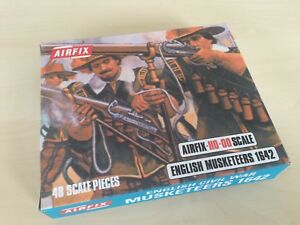 AIRFIX  PROTOTYPE BLUE BOXE MUSKETEERS WINDOW BACK