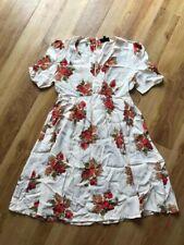 Topshop Maternity Size 8 Cream & Red Floral V Neck Tea Dress