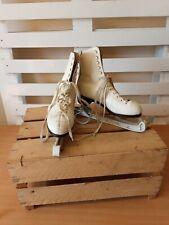 New listing New England White Ice Skates Sz 4 UK