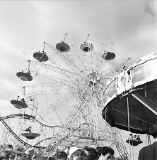 Fête Foraine c. 1950 - Manèges - Négatif 6 x 6 - 32